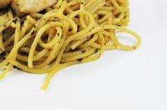 Spaghetti e pollo Fotografia Stock Libera da Diritti