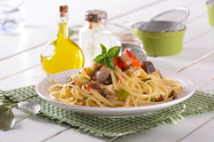 Spaghetti with eggplant and peppers Royalty Free Stock Photography