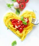 Spaghetti en forme de coeur Photographie stock libre de droits