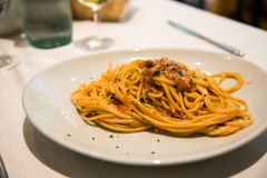 Spaghetti en jongen royalty-vrije stock foto's