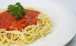 Spaghetti en kip Stock Afbeeldingen