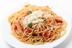 Spaghetti en sauce à tomate et à basilic Image libre de droits