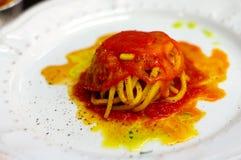 Spaghetti en sauce tomate Pachino photographie stock
