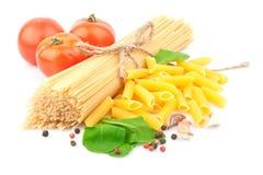 Spaghetti et épices Images libres de droits