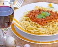 Spaghetti et vin rouge Image libre de droits