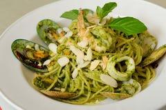 Spaghetti Genovese z owoce morza Zdjęcie Royalty Free