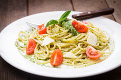 Spaghetti with green pesto Royalty Free Stock Photo