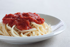 Spaghetti with homemade tomato sauce Royalty Free Stock Photography