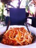 Spaghetti i pomidorowy kumberland Obraz Royalty Free