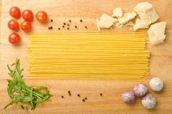 Spaghetti with ingredients Stock Photography
