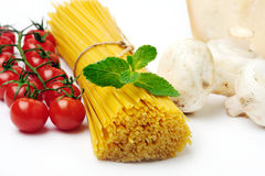 Spaghetti with ingridients Royalty Free Stock Photo