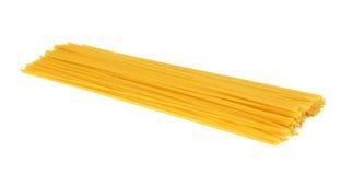Spaghetti makaron odizolowywający na bielu zdjęcia stock