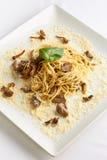Spaghetti met paddestoelen stock foto
