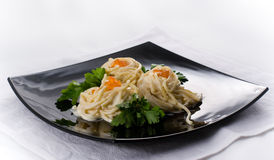 Spaghetti met rode kaviaar Stock Foto's