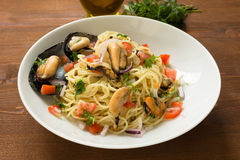 Spaghetti with mussels Stock Images