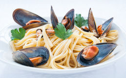 Spaghetti with mussels tomato Stock Photography