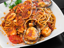 Spaghetti with mussels and tomato sauce Royalty Free Stock Image