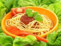 Spaghetti napoli in lettuce Royalty Free Stock Photos