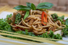 Spaghetti pasta with tomatoes and parsley Royalty Free Stock Photography