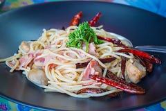Spaghetti pieczarki i baleron Zdjęcie Royalty Free