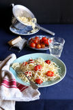 Spaghetti with roasted cherry tomatoes Royalty Free Stock Photos