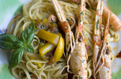 Spaghetti with scampi Royalty Free Stock Photography