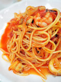 Spaghetti with seafood. In tomato sauce Royalty Free Stock Photos