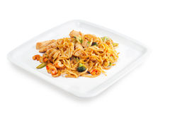 Spaghetti with seafood, meat and vegetables Royalty Free Stock Photos
