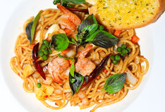 Spaghetti with shrimp and pepper Royalty Free Stock Image