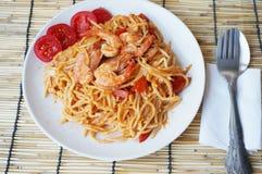 spaghetti smażący fertanie Obraz Stock
