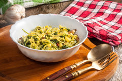 Spaghetti with spinach and bacon. Royalty Free Stock Photos
