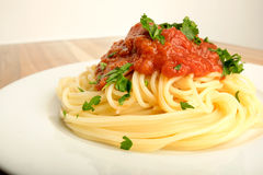 Spaghetti with tomato sauce and parsley Royalty Free Stock Images