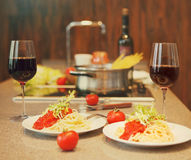 Spaghetti with tomato sauce and red wine Royalty Free Stock Photos