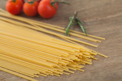 Spaghetti with tomatoes basil Royalty Free Stock Photography