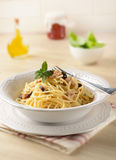 Spaghetti with tuna, capers and black olives Royalty Free Stock Image