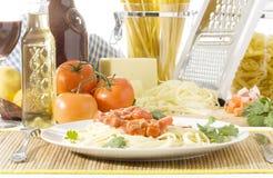 Spaghetti in una zolla Fotografia Stock Libera da Diritti