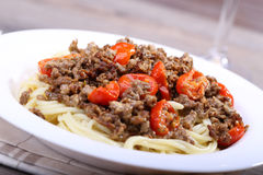 Spaghetti wih chopped meat and tomato Stock Photography