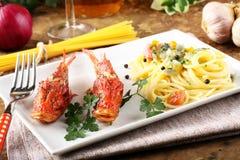 Spaghetti z świeżym owoce morza rosołem Obrazy Royalty Free