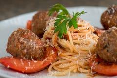Spaghetti z klopsikami fotografia stock