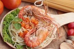 Spaghetti z krewetkowym i pomidorowym kumberlandem wyśmienicie Obrazy Stock