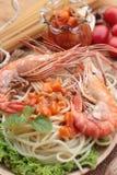 Spaghetti z krewetkowym i pomidorowym kumberlandem wyśmienicie Zdjęcie Stock