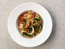 Spaghettimeeresfrüchte auf dem Teller Lizenzfreie Stockfotografie