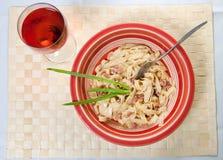 Spaghettis Carbonara lizenzfreie stockbilder