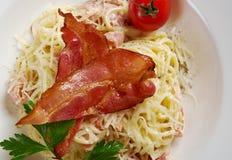 Spaghettis carbonara Stockbilder