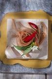 Spaghettis mit Knoblauch, Öl und Paprika Lizenzfreie Stockfotos