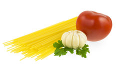 Spaghettis mit Tomate und Knoblauch Lizenzfreie Stockfotos