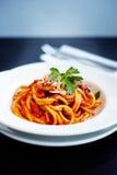 Spaghettis mit Tomatensauce Lizenzfreies Stockbild