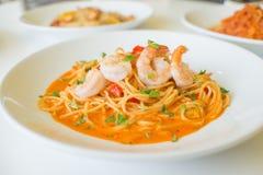 Spaghettis Tom yum Lizenzfreie Stockbilder