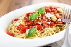 Spahetti with cherry tomatoes Royalty Free Stock Photos