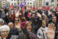 Retired protest in Alicante. 03/17/2018 spain, alicante, Several thousand people demonstrate throughout the province to demand from the Government that the Royalty Free Stock Photography